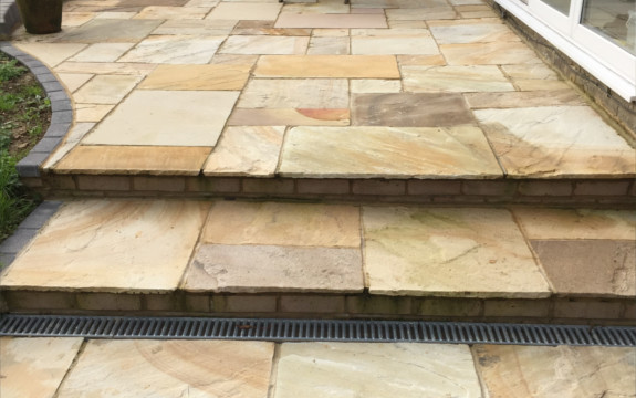 garden patio experts in Shenley